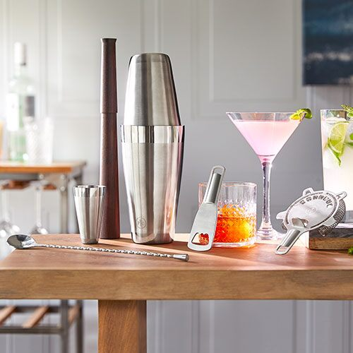 The Premium Cocktail set from Pampered Chef