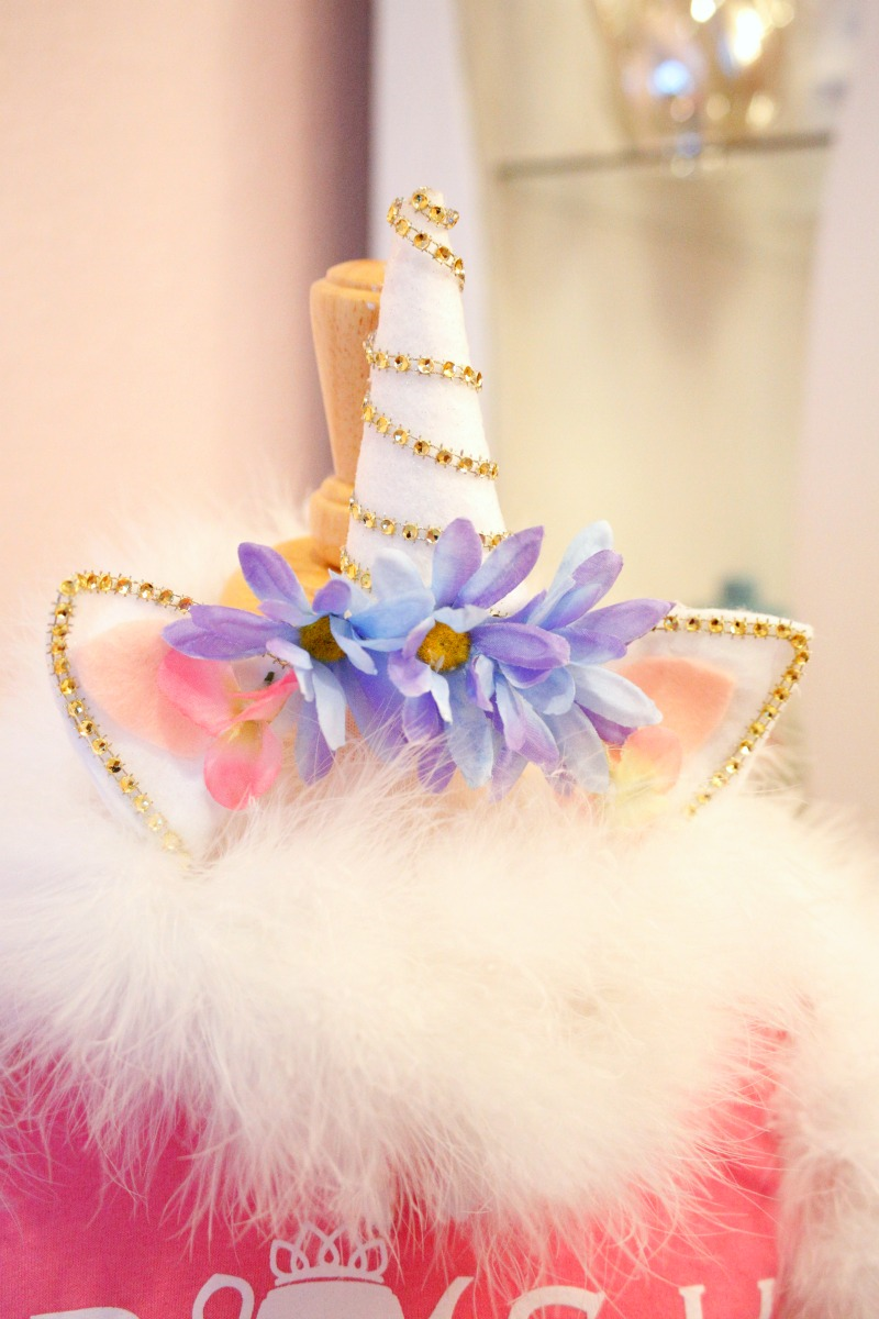 It's a Unicorn party full of rainbow wishes and unicorn kisses! #unicornparty