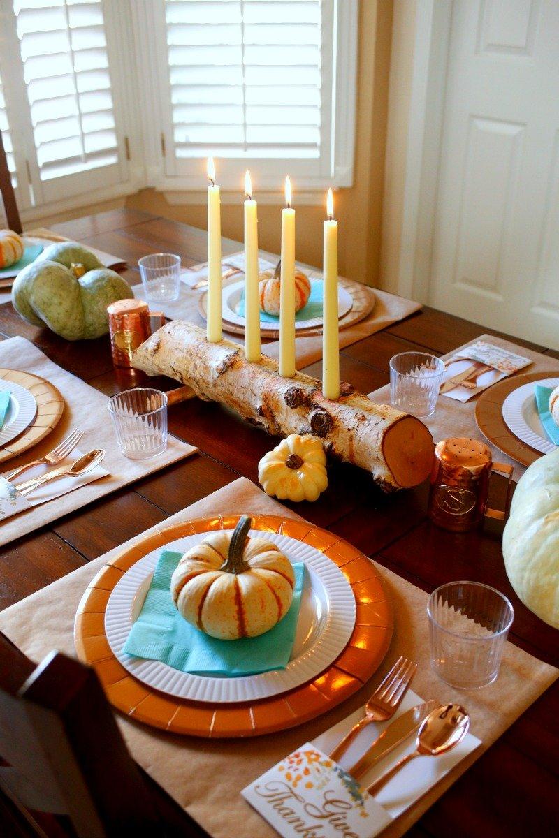 Here's a fun and festive #friendsgiving table setup from Jordan's Easy Entertaining #Thanksgiving2017 [sponsored]