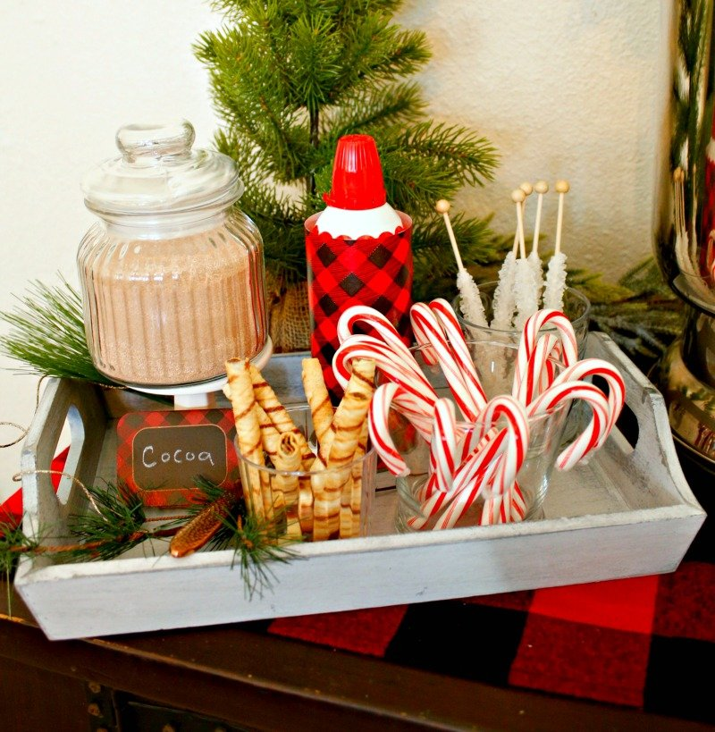 See how to set up the ultimate hot chocolate bar to stay warm all winter long #orientaltrading