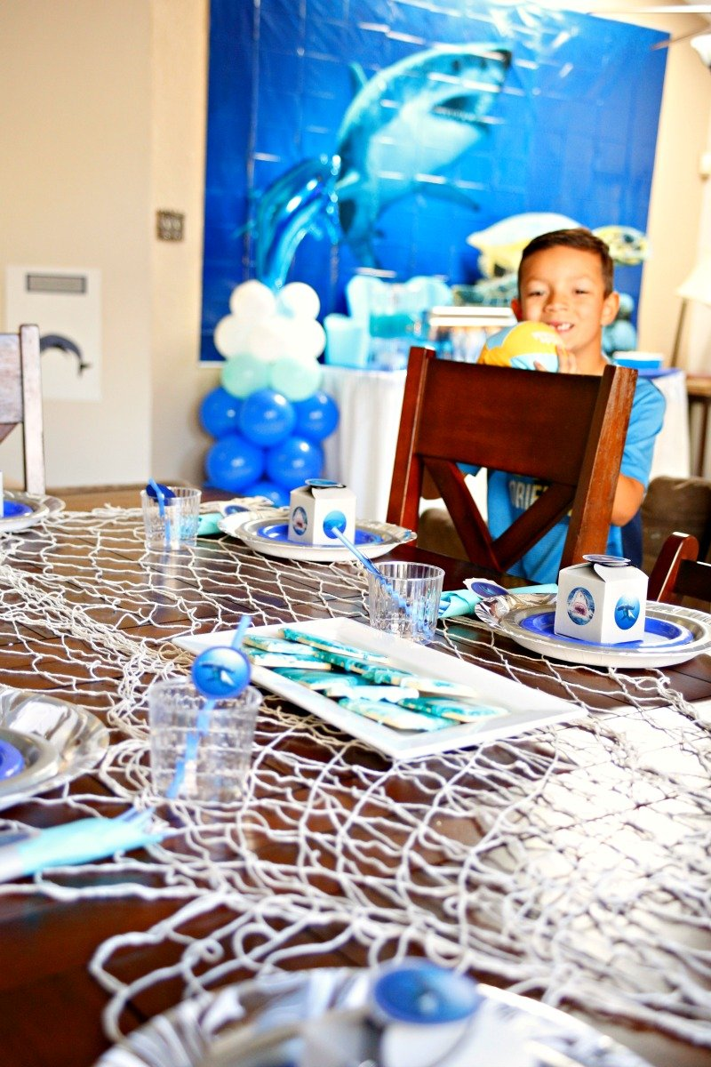A fintastic shark party full of fun ideas for party decor, food and games #sharkparty #OrientalTrading