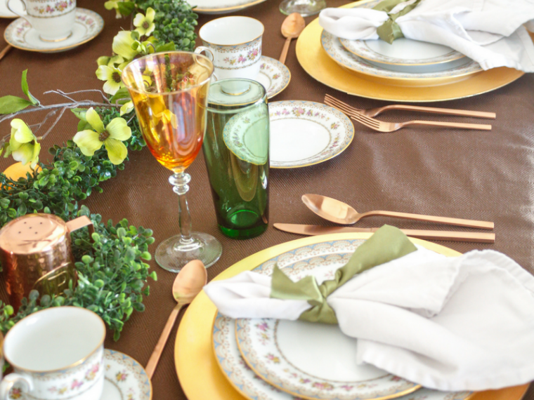 Set a fun and festive Easter Dinner Tablescape with these styling ideas