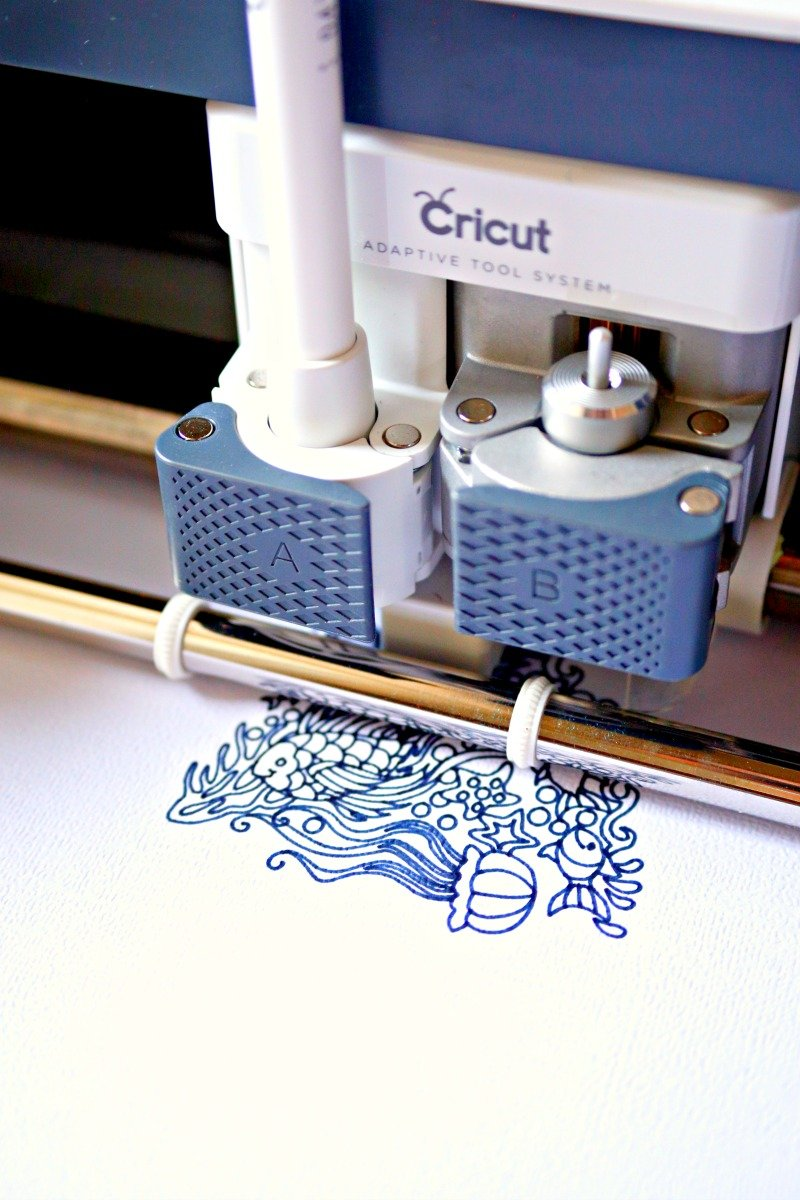 Use the writing feature to create adult coloring pages with your Cricut Maker #CricutMade #CricutMaker #ColoringPages