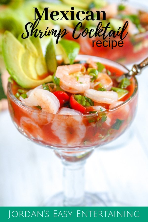 Looking for a delicious seafood recipe for Lent? Try this yummy Mexican shrimp cocktail recipe! It's great for serving as either an appetizer or a light lunch. #easyentertaining Recipes for lent | Mexican recipes | seafood recipe | shrimp recipe | Meatless