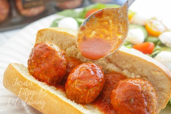 a delicious marinara sauce for meatball subs