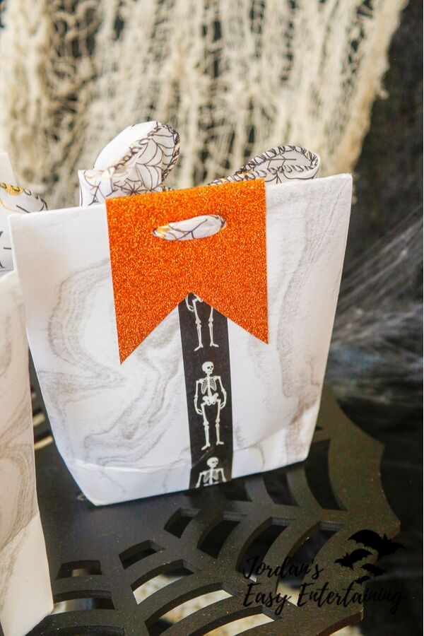 showing the bacl of these fun Halloween crafts for parties