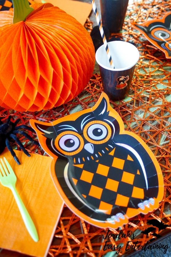 a Halloween owl theme table setting